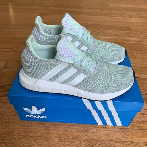 adidas swift run women blue